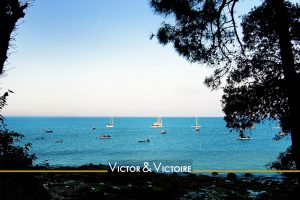 littoral vendéen vue océan atlantique bleu azur voiliers mouillage agence immobilière Victor & Victoire Real estate agency