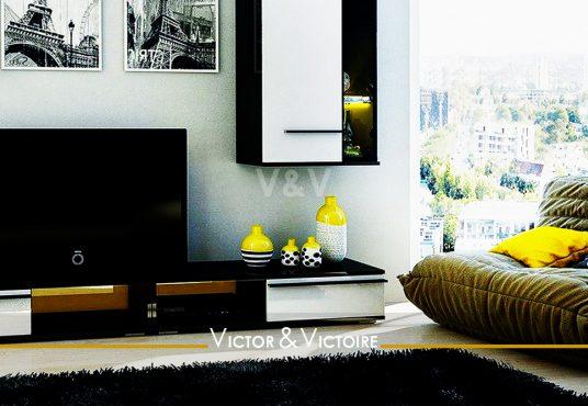 Paris 15 18e appartement T2 T3 étage vue salon canapé étage appartement avec baie et vue ville Agence immobilière Victor & Victoire-real estate agency