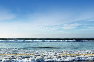 entre mer et ciel bleu écume Agence immobilière Victor & Victoire Real estate agency