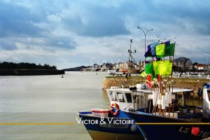 chalutiers quai port de pêche saint gilles croix de vie Agence immobilière Victor & Victoire Real estate agency