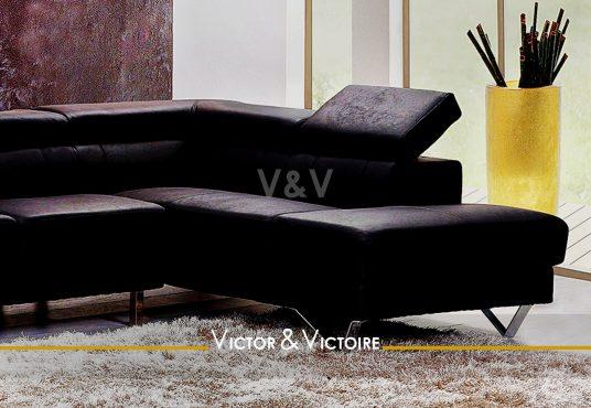canapé angle design séjour lumineux baies appartement t3 paris 18 Agence immobilière Victor-Victoire, Real estate agency.