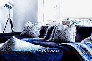 canapé blanc bleu bord de mer appartement t3 jardin Sables Olonne Vendée agence-immobilière-victor-victoire-real-estate-agency